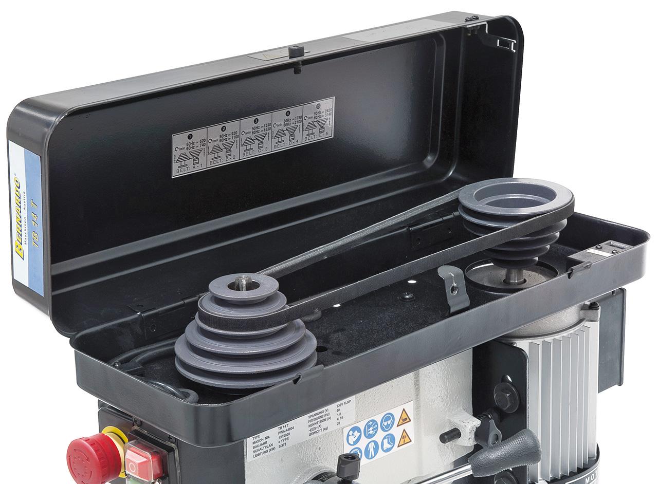 Gewuchtete Grauguss-Antriebsscheiben für hohe Laufruhe, die hochwertigen Keilriemen sorgen für eine optimale Kraftübertragung