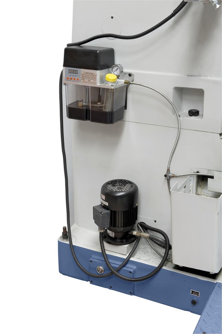 Elektrische Zentralschmierung und Kühlsystem im Lieferumfang enthalten