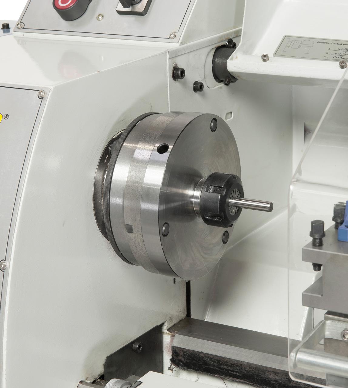 Das Spannzangenfutter ER 25 gewährleistet eine hohe Rundlaufgenauigkeit beim Spannen von Werkstücken, Spannbereich 1 - 16 mm.