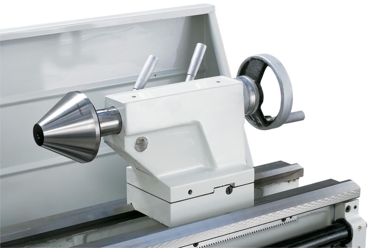 Optional lieferbar: Zentrierkegel diam. 125 mm zum Spannen von Rohren.
