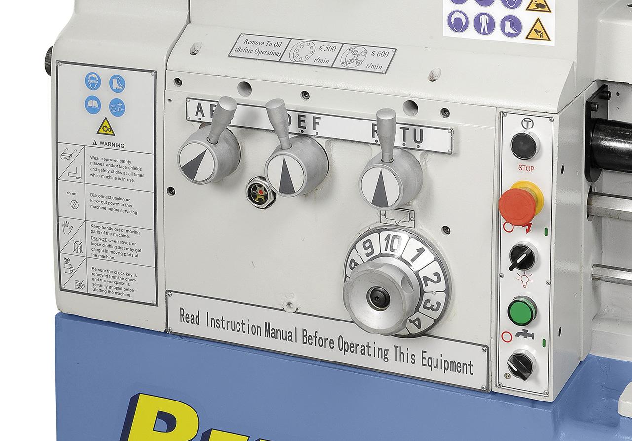 Vorschubgetriebe leicht und präzise schaltbar, geschliffene Zahnräder sorgen für einen ruhigen Lauf.