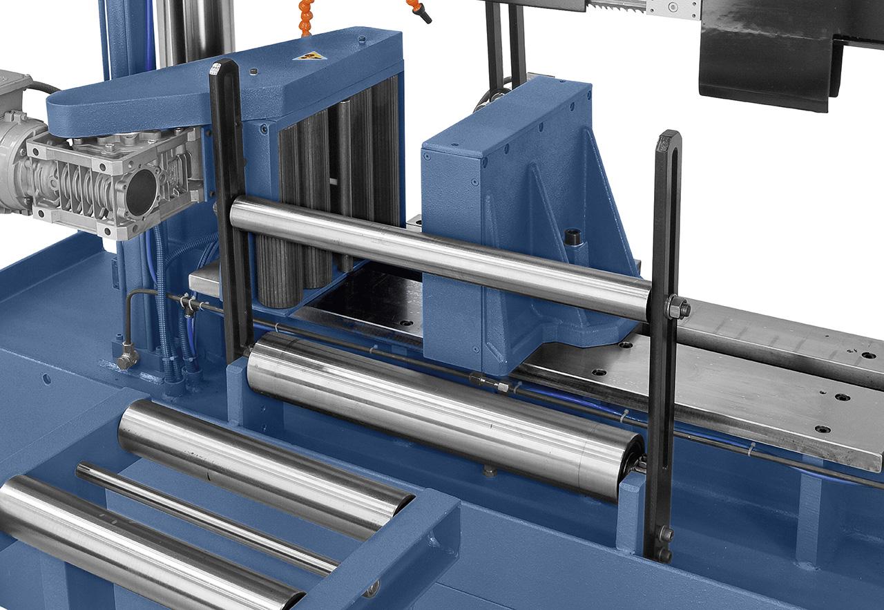 Motorisch angetriebener Rollenvorschub für optimalen Materialtransport