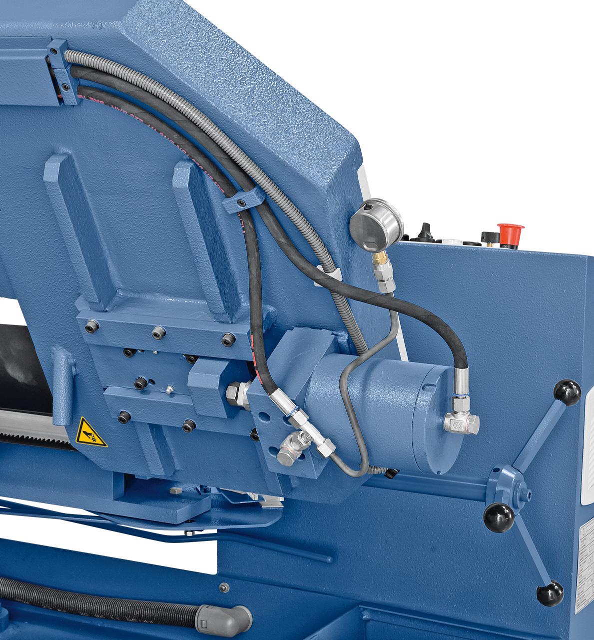 Optional mit hydraulischer Sägebandspannung lieferbar