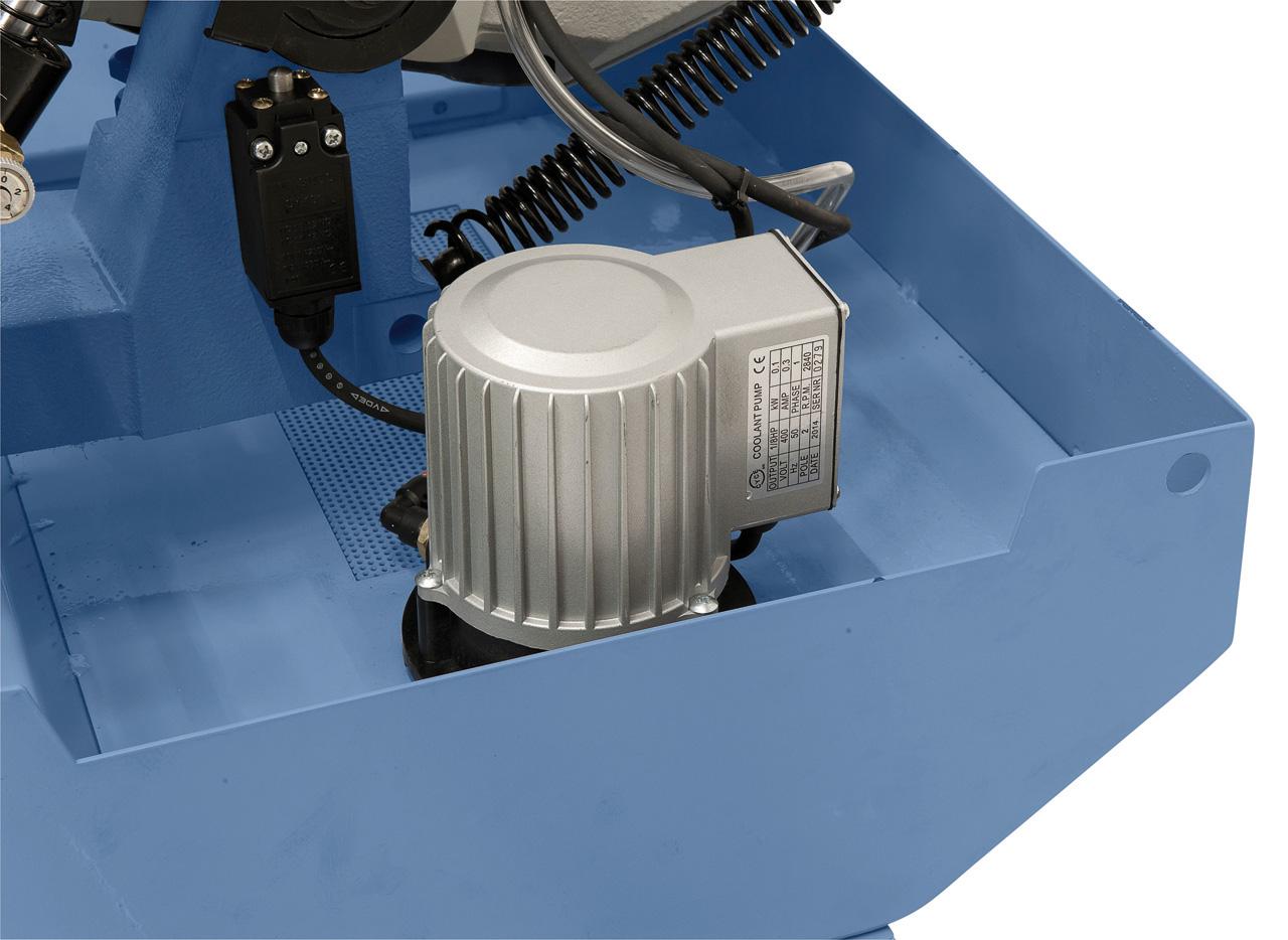 Leistungsstarke Kühlmittelpumpe im Lieferumfang enthalten