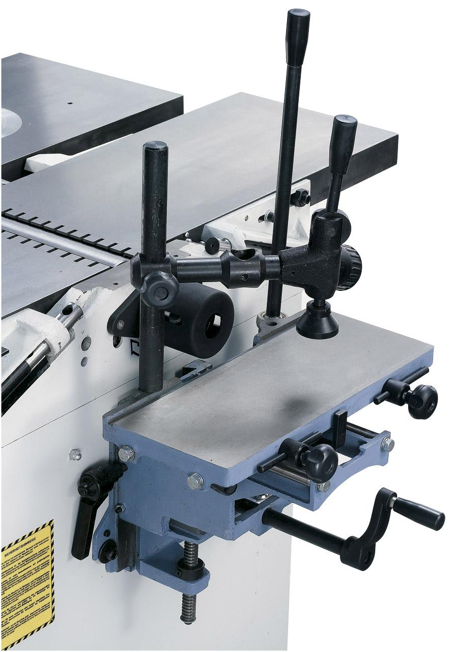 Langlochbohreinrichtung mit großem Auflagetisch und Exzenterspanner serienmäßig.